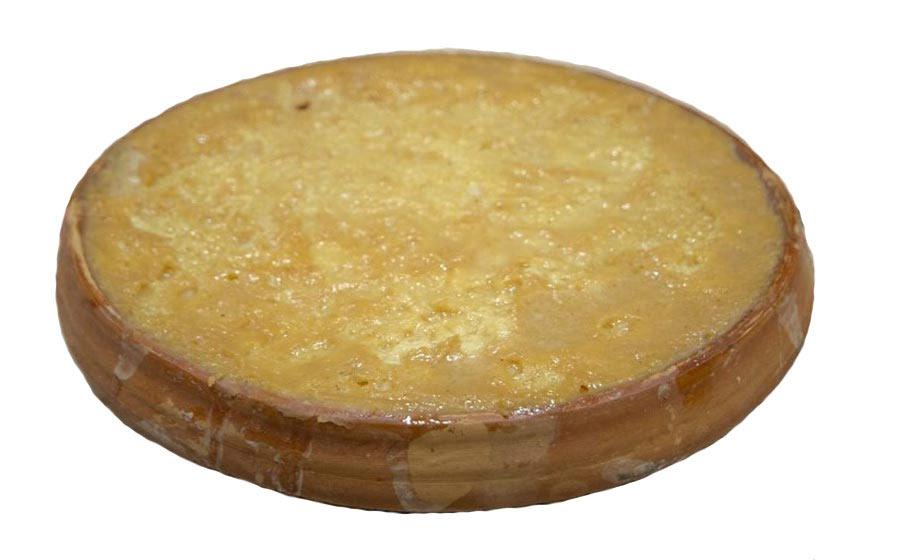 Sweet yogurt from Bogra on a earthenware